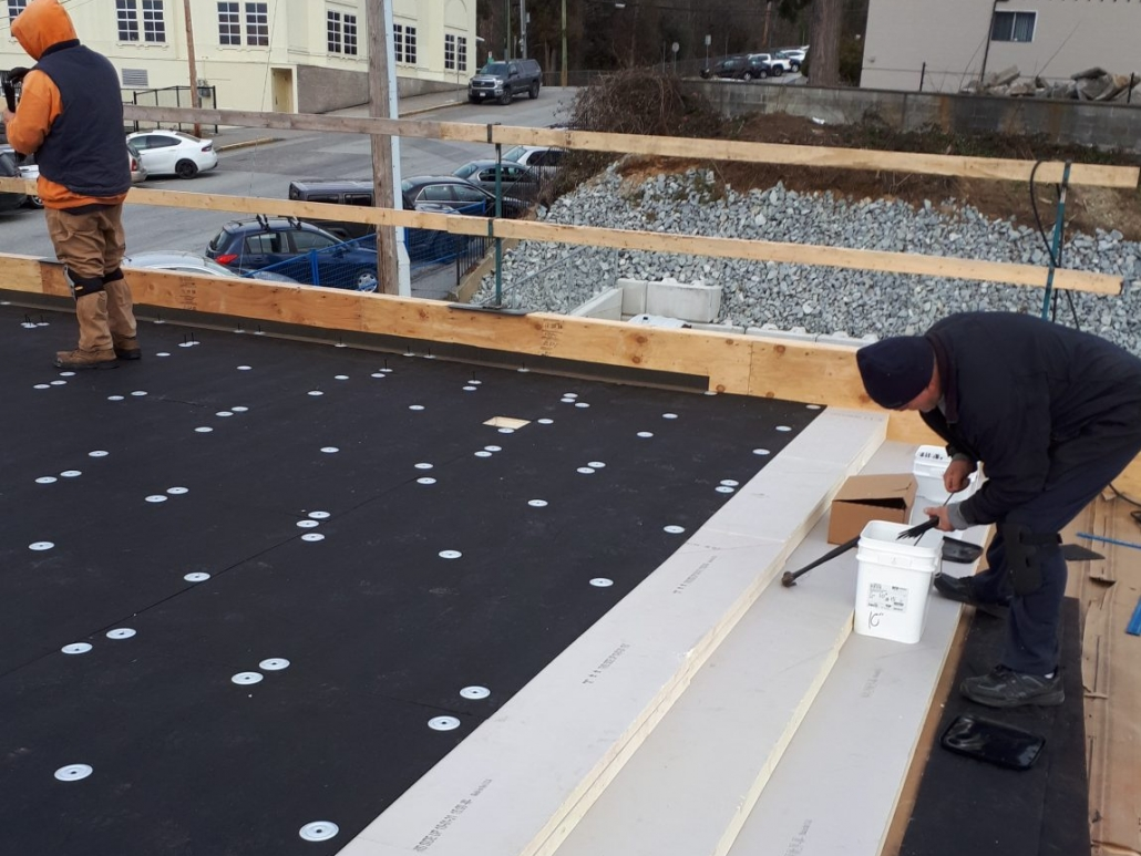 Commercial Roof Installation Pitmasters Restaurant